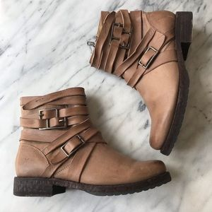 Frye Veronica strappy leather boots Sz 7.5